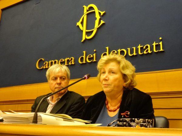 Ripartire dai figli - foto dell'evento: Silvia della Monica, presidente della CAI e l'On. Edoardo Patriarca